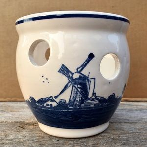 Delfts Holland Hand Painted Blauw Windmill Planter